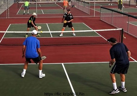 Acton CA Pickleball Courts at Thousand Trails